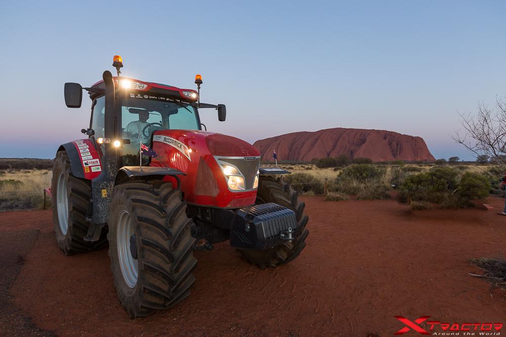 X Tractor_AyersRock